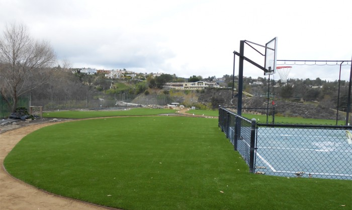 Artificial Grass for Playgrounds in Oxnard